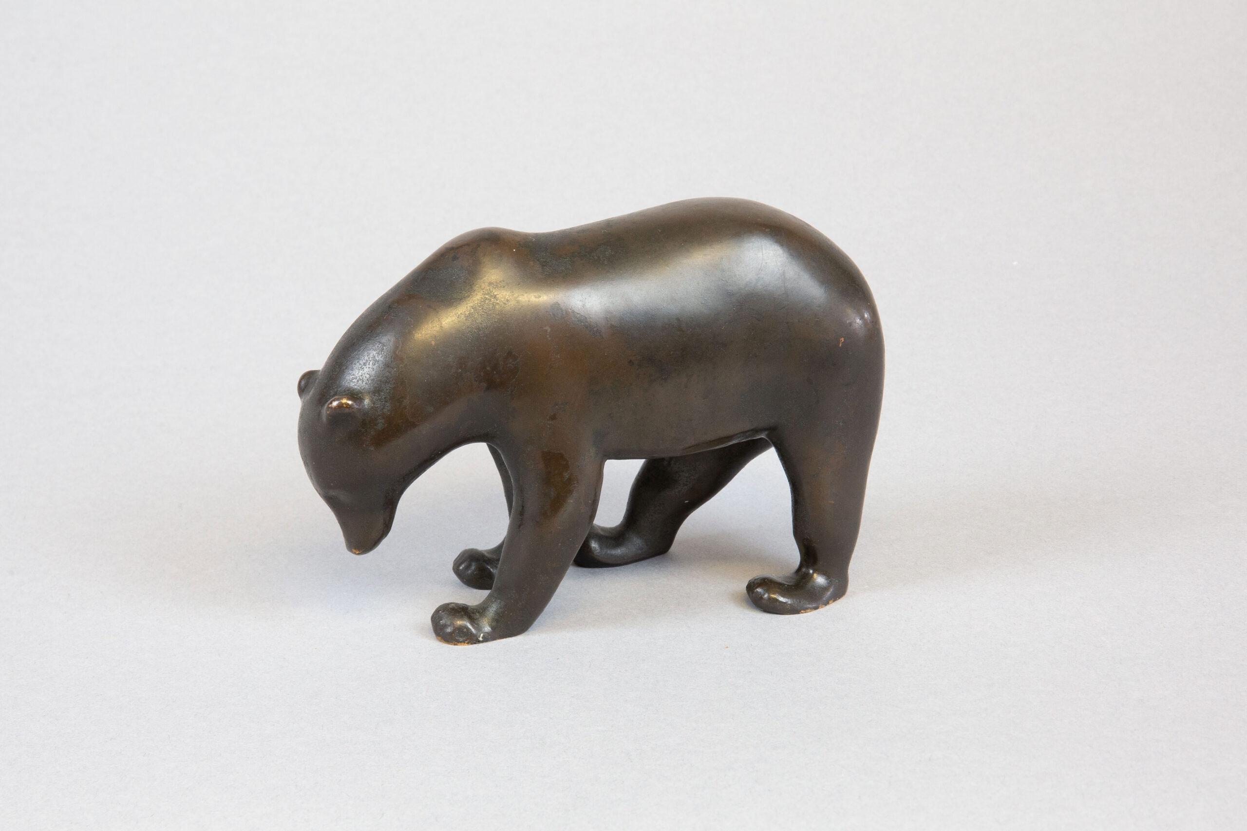 Ours brun (vers 1918-1926), Bronze à patine brune.